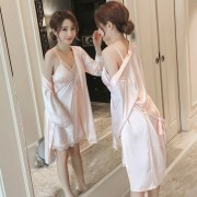 新款仿真絲睡衣女長袖性感吊帶睡裙帶胸墊絲綢睡袍兩件套家居服女0053