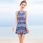 夏艷民族風游泳衣女士新款泳衣平角裙式保守大碼溫泉連體泳裝
